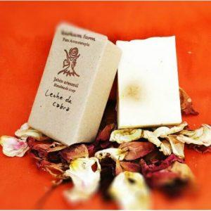 Jabón artesanal de lecha de cabra